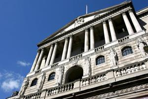 Bank votes 8-1 to keep rates on hold...........
